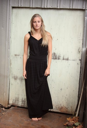 Two maxi dresses (1/3)